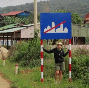 Dalat to Nha Trang_No Town Sign