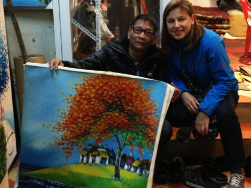 Hanoi_Artist with Painting