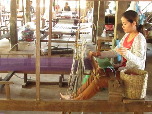 Lolei Orphans Weaving
